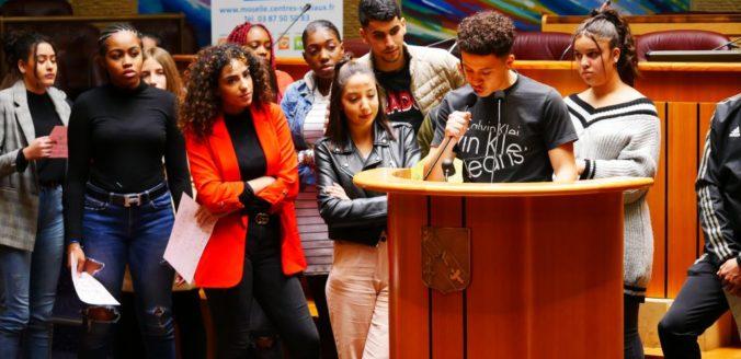 Tribune «l'éducation populaire et l'urgence du combat démocratique»
